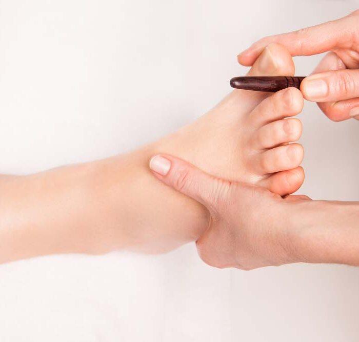 In der Hautarztpraxis München-Neuhausen von Dr. Storck und Dr. Gauglitz bieten wir medizinische Fußpflege auf höchstem Niveau.